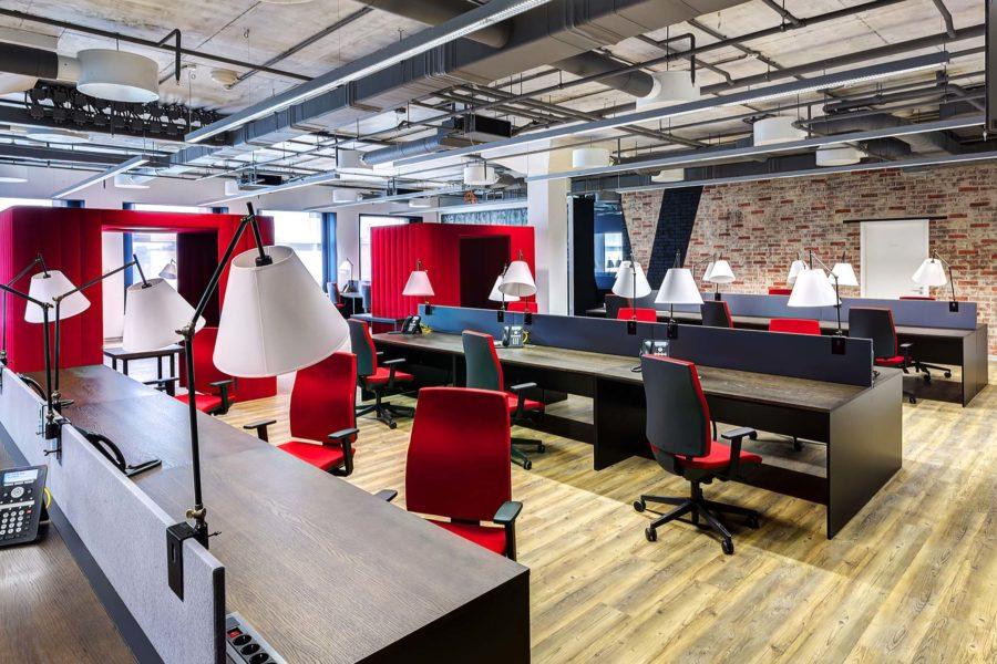 Jak zaaranżować akustycznie każdą przestrzeń biurową? Adaptacje akustyczne biur